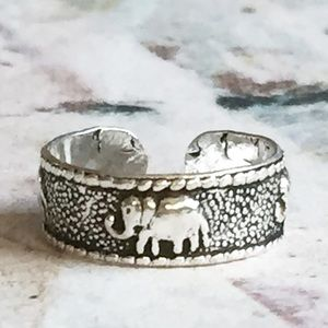 Sterling Silver Elephant Toe Ring